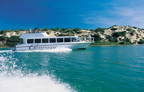 Spirit of the Coorong Cruises. Courtesy of SATC and Peter Fisher